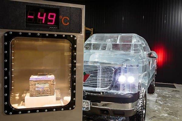 バッテリーをマイナス49度に冷やし