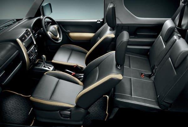 「ジムニー ランドベンチャー」内装  フロントシートの背もたれと座面に「クオーレモジュレ」を採用