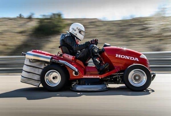 ホンダの芝刈り機「Mean Mower」が、世界最高スピードを記録