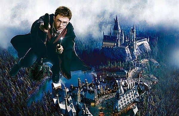 映画「ハリー・ポッター」の世界を再現した  「ウィザーディング・ワールド・オブ・ハリー・ポッター」