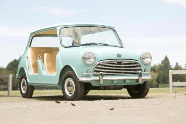 1962年製 Austin Mini Beach Car が18万1,500ドル(約1,862万円)で落札された