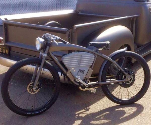1910年代のデザインを持つ「ICON E-Flyer Electric Bike」