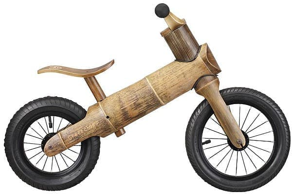 「GreenChamp Bike」は、8か月から5歳までの子どもに向けて開発された練習用自転車