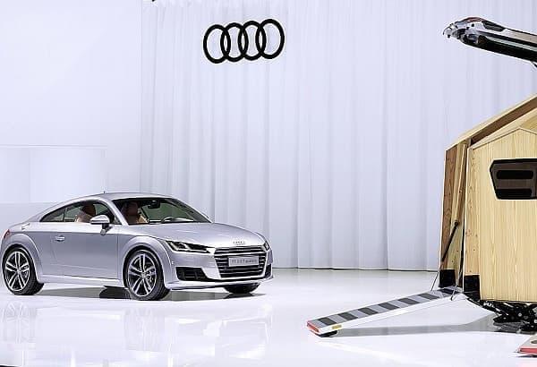 「TT Pavilion」は、人々が Audi TT に乗って遊びにいく目的地