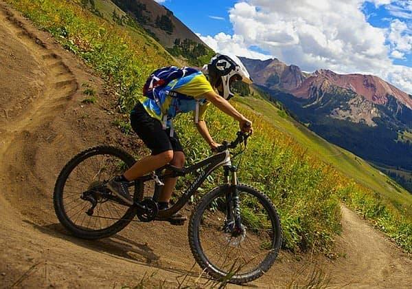 自転車事故で、7週間も勃起が継続!  (写真はイメージです)(C)Zach Dischner