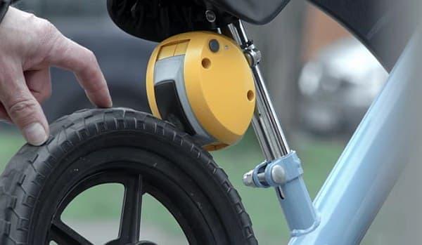 自転車を止める  制動距離は50センチ