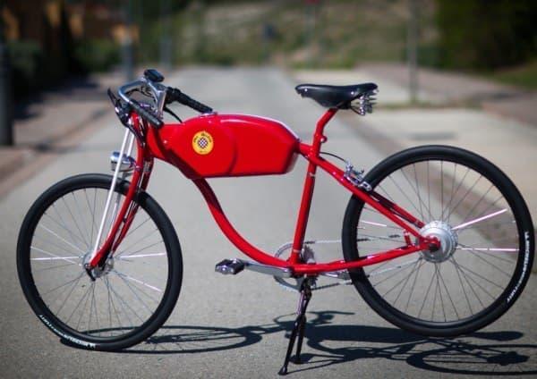 こちらは「OtoK」  「OtoK」よりも自転車らしい(?)ルックスです