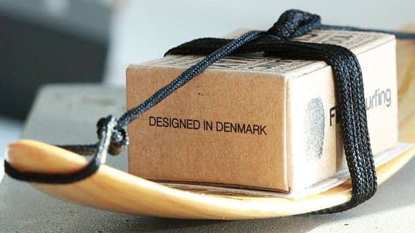 木製ボードのパッケージ
