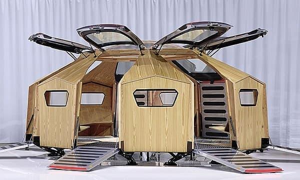 Audi TT クーペのリアハッチ7枚を使用した、7つの入り口のある建築物「TT Pavilion」