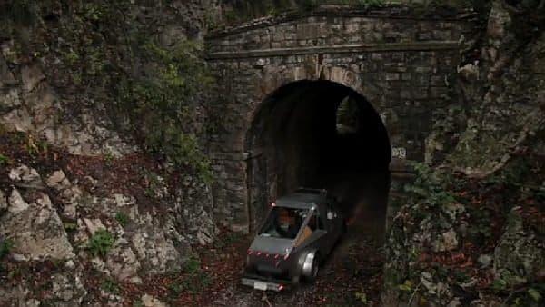 かつてのトンネル跡や