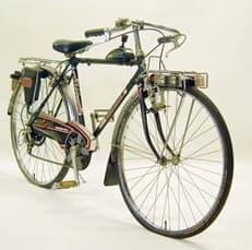 「子ども用自転車の歴史」展に展示される「ヤングホリデー」