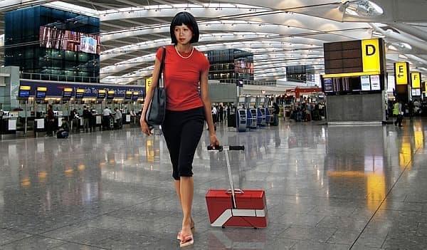 キャリーバッグのように持ち運ぶことも可能です