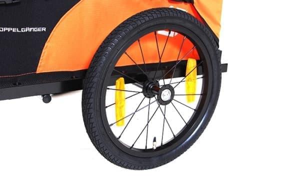 16インチの大型タイヤを2輪装備