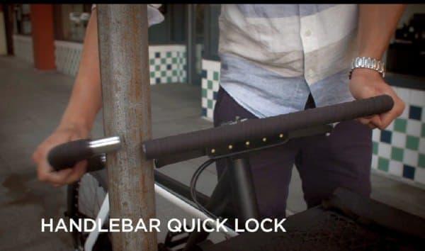 ハンドルバーはロックとして使用可能