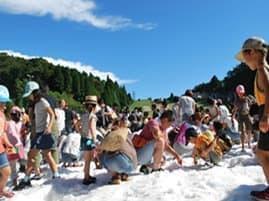 今年も「真夏の雪まつり」開催