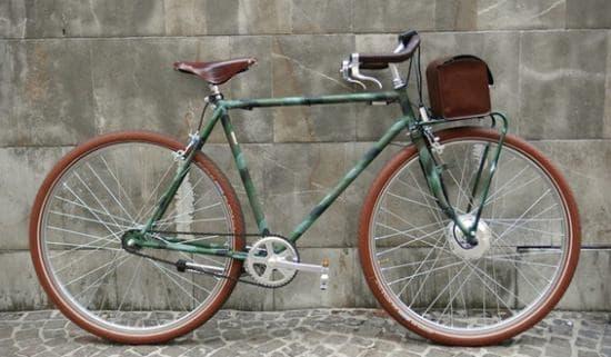 VELORAPIDA の電動アシスト自転車「MIMETIC」モデル  一見したところ、電動自転車には見えないデザイン