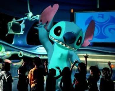 写真は香港ディズニーランド・リゾートのアトラクション  「スティッチ・エンカウンター」 (C)Disney