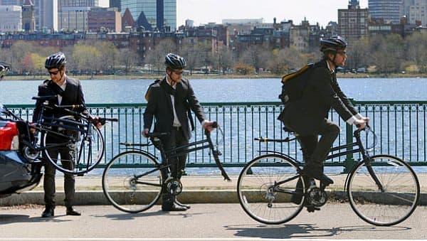 モンタギューは、頑丈な折りたたみ自転車を開発する自転車メーカー
