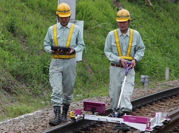 線路&電気メンテナンスのお仕事体験・実演