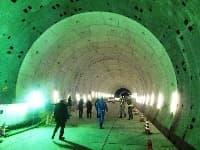 東京港トンネル内