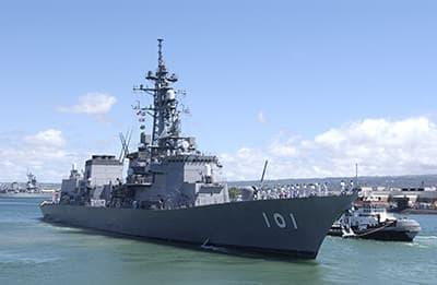 護衛艦「むらさめ」  (出典:横須賀観光情報 cocoyoko.net)