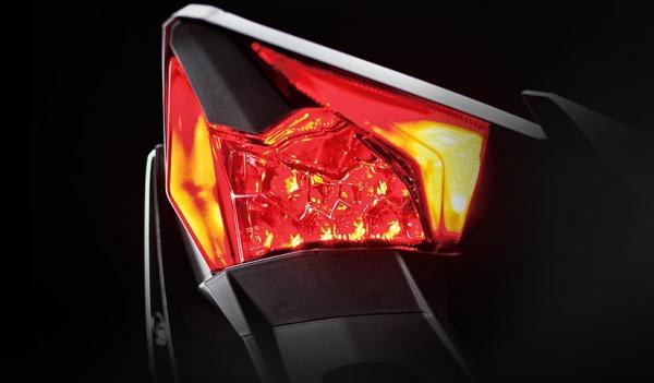 フル LED システム
