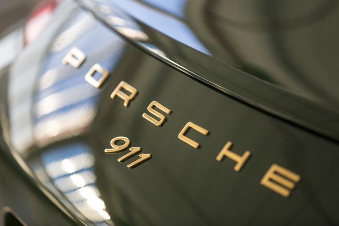 ポルシェ 911 100万台目のアイリッシュグリーンのカレラS