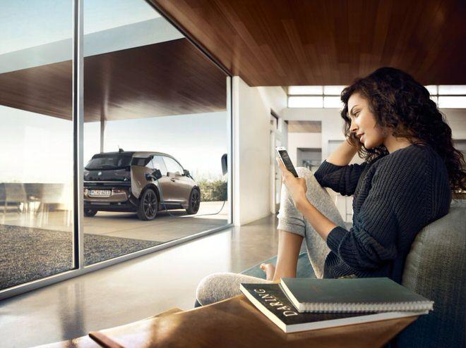 「BMW i3新型バッテリー(120Ah)」充電時イメージ